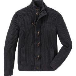 Sweter rozpinany z guzikami kołkami Regular Fit bonprix antracytowy melanż. Szare kardigany męskie marki bonprix, l, melanż, z dzianiny. Za 119,99 zł.