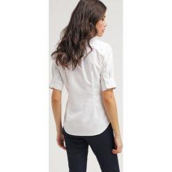 Polo Ralph Lauren Koszula white. Szare koszule męskie marki Polo Ralph Lauren, l, z bawełny, button down, z długim rękawem. Za 369,00 zł.