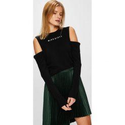 Miss Sixty - Sweter. Szare swetry klasyczne damskie Miss Sixty, l, z dzianiny, z okrągłym kołnierzem. W wyprzedaży za 339,90 zł.
