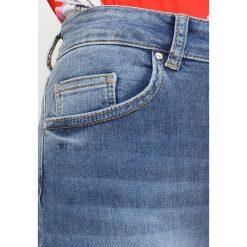 Only Petite ONLBLUSH ANKLE Jeans Skinny Fit medium blue denim. Niebieskie boyfriendy damskie Only Petite, petite. Za 169,00 zł.