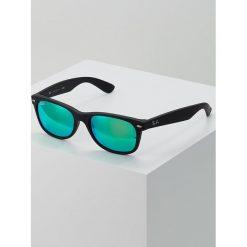Okulary przeciwsłoneczne damskie aviatory: RayBan NEW WAYFARER Okulary przeciwsłoneczne black grey mirror green