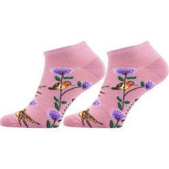 STOPKI DAMSKIE KOLIBER FFSKOLROZ. Niebieskie skarpetki damskie marki Freak Feet, w kolorowe wzory, z bawełny. Za 11,24 zł.