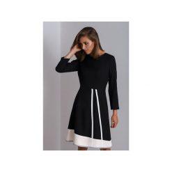 Czarna czarna sukienka do pracy Catrise. Czarne sukienki asymetryczne Duhla agnieszka barańska, do pracy, z poliesteru, biznesowe, z asymetrycznym kołnierzem. Za 340,00 zł.