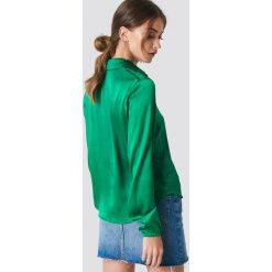 Rut&Circle Koszula Mella - Green. Zielone koszule damskie marki Rut&Circle, z dzianiny, z okrągłym kołnierzem. Za 161,95 zł.