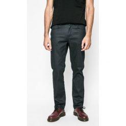Medicine - Jeansy Lord and Master. Niebieskie jeansy męskie regular marki MEDICINE. W wyprzedaży za 79,90 zł.