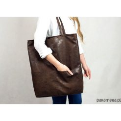 Duża brązowa torba z zamszu ekologicznego. Brązowe torebki klasyczne damskie Pakamera, duże. Za 179,00 zł.