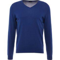 Swetry klasyczne męskie: Drumohr V NECK Sweter blue