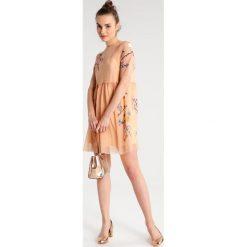 Sukienki hiszpanki: Topshop Petite Sukienka letnia peach