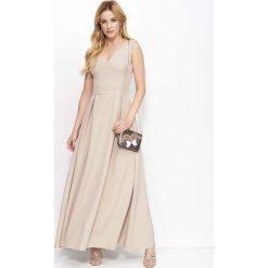 Beżowa Sukienka Długa Rozkloszowana na Szerokich Ramiączkach. Niebieskie długie sukienki marki bonprix, z nadrukiem, na ramiączkach. W wyprzedaży za 104,93 zł.