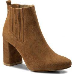 Botki WOJAS - 8562-63 J.Brąz. Brązowe buty zimowe damskie Wojas, ze skóry, na obcasie. Za 439,00 zł.