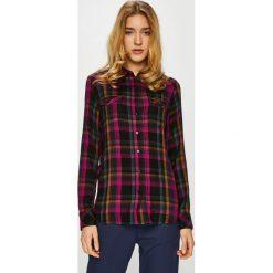 Wrangler - Koszula. Brązowe koszule damskie w kratkę Wrangler, l, z tkaniny, casualowe, z klasycznym kołnierzykiem, z długim rękawem. Za 219,90 zł.