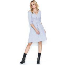 Szara Dresowa Sukienka z Dekoltem V. Szare sukienki dresowe marki bonprix, melanż, z kapturem, z długim rękawem, maxi. Za 119,90 zł.