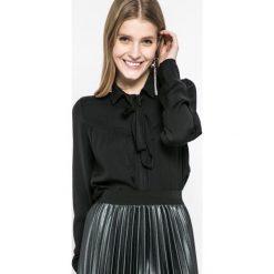 Vila - Koszula. Czarne koszule wiązane damskie marki Vila, l, z poliesteru, casualowe, z długim rękawem. W wyprzedaży za 69,90 zł.