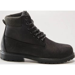 Skórzane buty trekkingowe - Czarny. Czarne buty trekkingowe męskie marki ROCKRIDER. Za 189,99 zł.