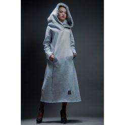 Sukienka z kapturem 'Lisica'. Szare sukienki dresowe marki bonprix, melanż, z kapturem, z długim rękawem, maxi. Za 369,00 zł.