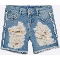 Guess Jeans - Szorty dziecięce 118-175 cm. Niebieskie spodenki dziewczęce Guess Jeans, z bawełny, casualowe. W wyprzedaży za 179,90 zł.