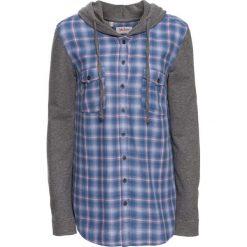Bluzka w kratę z rękawami dzianinowymi  i kapturem bonprix jasnoróżowo-niebieski w kratę. Czerwone bluzki damskie marki bonprix, z dżerseju, z kapturem. Za 49,99 zł.
