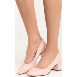 Różowe Czółenka My Fantasy. Czerwone buty ślubne damskie Born2be, na obcasie. Za 49,99 zł.