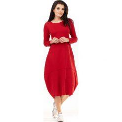 Czerwona Dzianinowa Midi Sukienka Bombka z Długim Rękawem. Niebieskie sukienki dzianinowe marki Molly.pl, na co dzień, l, z klasycznym kołnierzykiem, oversize. Za 139,90 zł.
