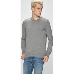 Mustang - Sweter. Czarne swetry klasyczne męskie marki Mustang, l, z bawełny, z kapturem. W wyprzedaży za 89,90 zł.