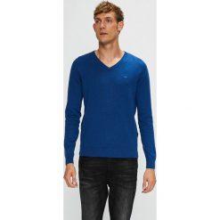 Tom Tailor Denim - Sweter. Niebieskie swetry klasyczne męskie marki TOM TAILOR DENIM, l, z bawełny, z okrągłym kołnierzem. W wyprzedaży za 89,90 zł.