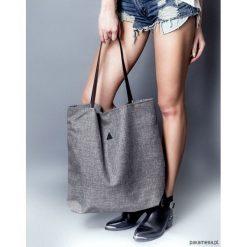 Torba triangle szara. Czarne torebki klasyczne damskie marki Pakamera, ze skóry. Za 95,00 zł.