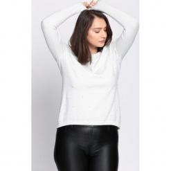Biały Sweter Fast Drive. Białe swetry klasyczne damskie Born2be, na jesień, l. Za 59,99 zł.