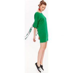 d453737563 Dresowa sukienka midi kobieca casual - Sukienki dresowe damskie ...