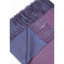 Jasnofioletowy Szalik Colors Of The Wind. Fioletowe szaliki damskie marki other. Za 49,99 zł.