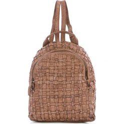 Plecaki damskie: Skórzany plecak w kolorze szarobrązowym – 25 x 31 x 13 cm