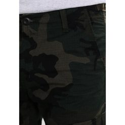 Carhartt WIP AVIATION COLUMBIA Bojówki camo combat green rinsed. Zielone bojówki męskie Carhartt WIP, z bawełny. W wyprzedaży za 367,20 zł.
