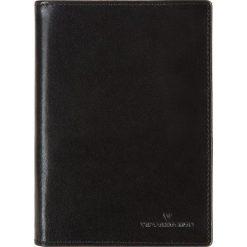 Portfel V04-01-059-11. Czarne portfele męskie marki Wittchen. Za 239,00 zł.