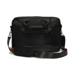 "Head H50100201 17"" czarna. Czarne torby na laptopa Head, z materiału. Za 429,00 zł."