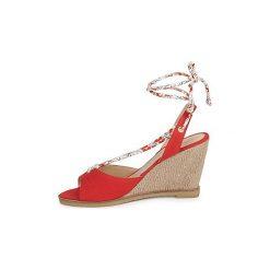 Sandały Petite Mendigote  BLONDIE. Czerwone rzymianki damskie Petite Mendigote. Za 384,30 zł.