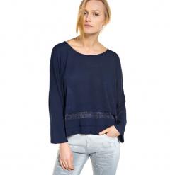 Sweter w kolorze granatowym. Szare swetry klasyczne damskie marki Silvian Heach, l, z dzianiny, z włoskim kołnierzykiem. W wyprzedaży za 449,95 zł.