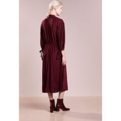 Długie sukienki: Won Hundred MATHILDE Długa sukienka bordeaux