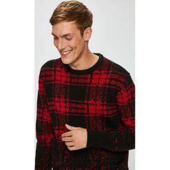Medicine - Sweter Under The City. Brązowe swetry klasyczne męskie marki MEDICINE, l, z bawełny, z okrągłym kołnierzem. W wyprzedaży za 119,90 zł.