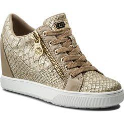Sneakersy GUESS - Fierze FLFIE1 PEL12  BEIGE. Niebieskie sneakersy damskie marki Guess, z materiału. W wyprzedaży za 279,00 zł.