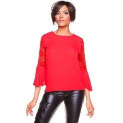 """Koszulka """"Sisi"""" w kolorze czerwonym. Czerwone bluzki koronkowe La Belle Française, s, z okrągłym kołnierzem. W wyprzedaży za 130,95 zł."""