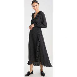 Długie sukienki: JUST FEMALE HIRO WRAP Długa sukienka black