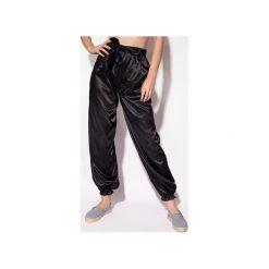 Spodnie dresowe damskie: Spodnie Sporty czarne