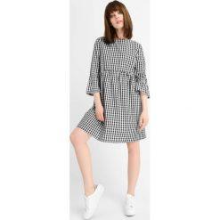 Sukienki: Luźna sukienka w kratę