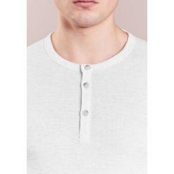 BOSS Orange TRIXER Tshirt z nadrukiem open white. Białe koszulki polo BOSS Orange, m, z nadrukiem, z bawełny. Za 289,00 zł.