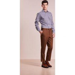 Eton Koszula dark blue. Białe koszule męskie marki Eton, m, z bawełny. W wyprzedaży za 399,50 zł.