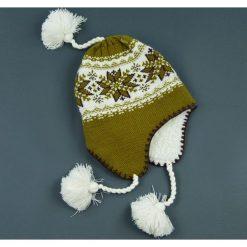 Czapka damska Uszatka regionalna oliwkowo-biała r. 56-58. Białe czapki zimowe damskie marki Art of Polo. Za 36,52 zł.