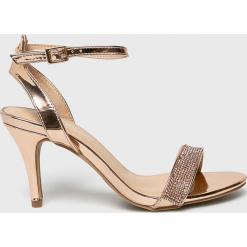 Answear - Sandały Anne Michelle. Szare sandały damskie marki ANSWEAR, z gumy. W wyprzedaży za 94,90 zł.