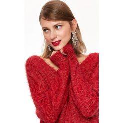 BŁYSZCZĄCY SWETER Z WŁOSEM. Szare swetry klasyczne damskie marki Top Secret, eleganckie, z chokerem. Za 149,99 zł.