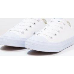 Converse CHUCK TAYLOR ALL STAR II  Tenisówki i Trampki white/porpoise. Białe trampki dziewczęce marki Converse, z materiału, klasyczne. W wyprzedaży za 139,30 zł.