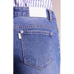 Steve J & Yoni P / SJYP HEM DESTROYED WIDE Jeansy Bootcut dark blue. Niebieskie jeansy damskie bootcut marki bonprix. W wyprzedaży za 539,60 zł.