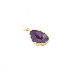 Naszyjnik Agat Geoda Purpurowa złoto. Fioletowe naszyjniki damskie Brazi druse jewelry, na imprezę, pozłacane. Za 170,00 zł.